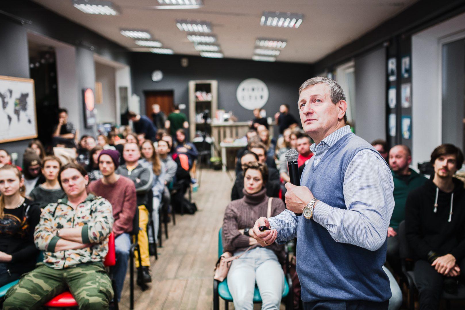 Яраслаў Раманчук выступіў з лекцыяй, дзе патлумачыў, якія выгоды Беларусі можа прынесці легалізацыя канабісу.