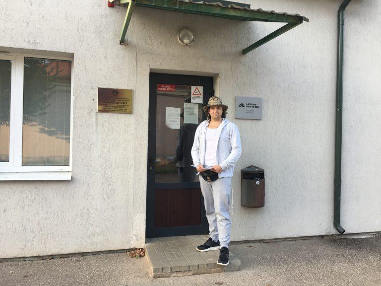 В квартире основателя Legalize Latvia, который показал пенис Соловьёву, прошёл обыск